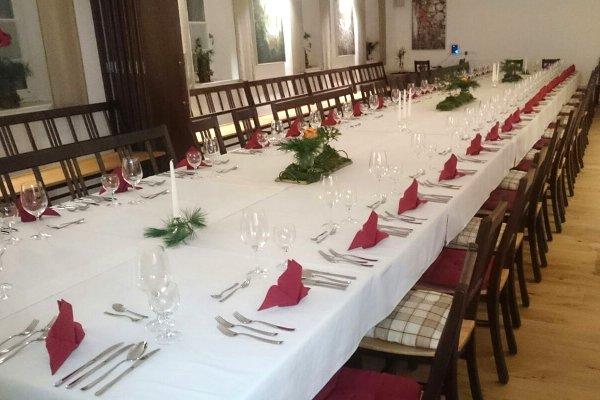 Tischdeko-Gasthaus-zum-Goldberg